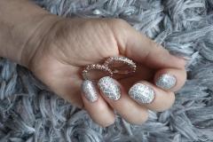 Przedłużanie paznokci manicure hybrydowy